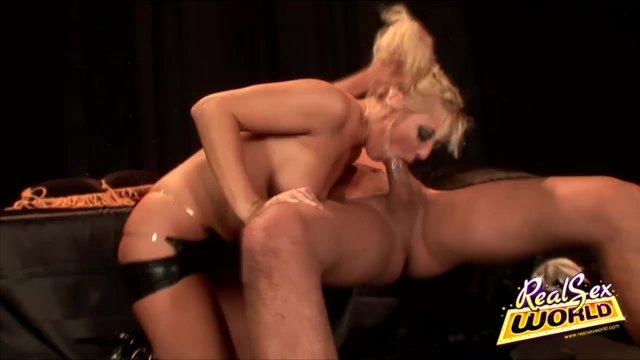 Serious Fucking With Blonde Babe Barbara Summer