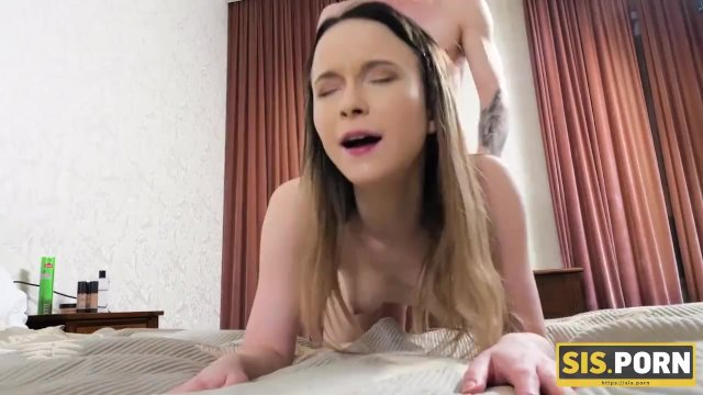 SIS. PORN. Girl has no experience but must handle with stepbros cock