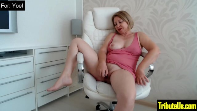 11-Barb s Toy on the Chair for Yoel