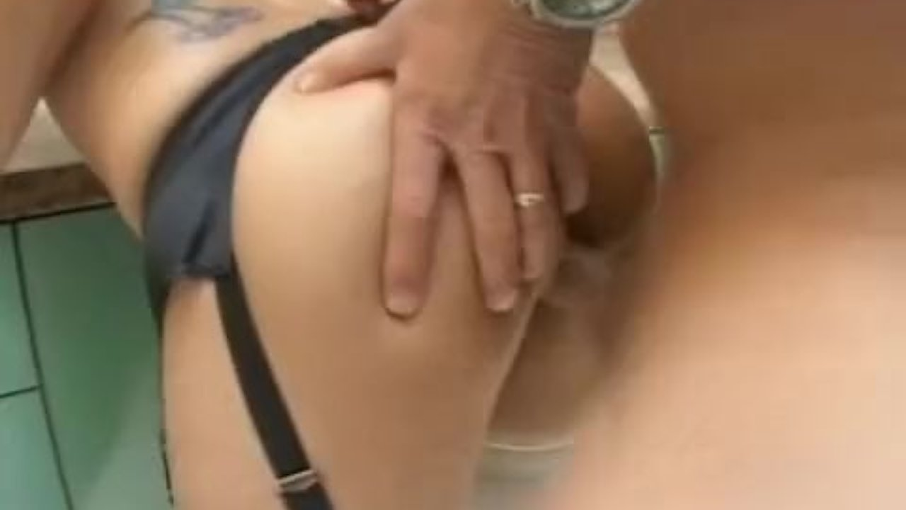 Round-butt hottie fucked from behind