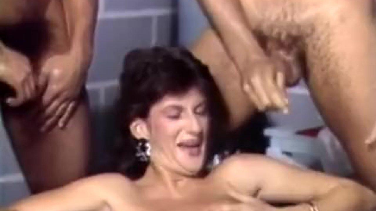 anaali seksiä valta virran elokuvia