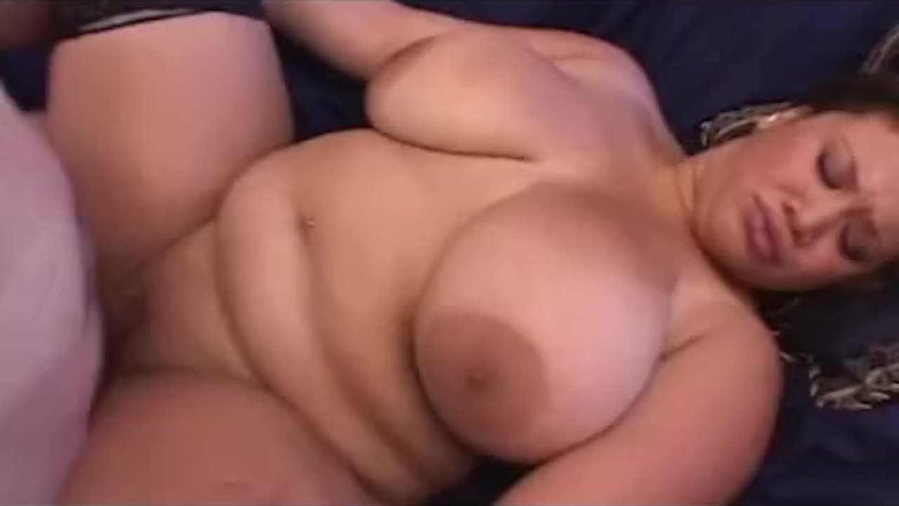 Bbw Pushing Out Creampie