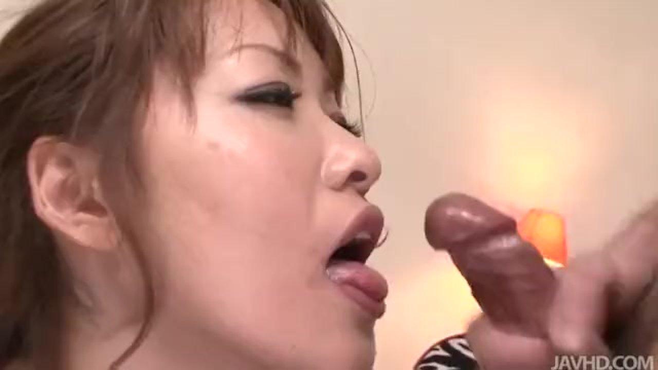 Blindfolded cutie Rika Kurachi having a blast