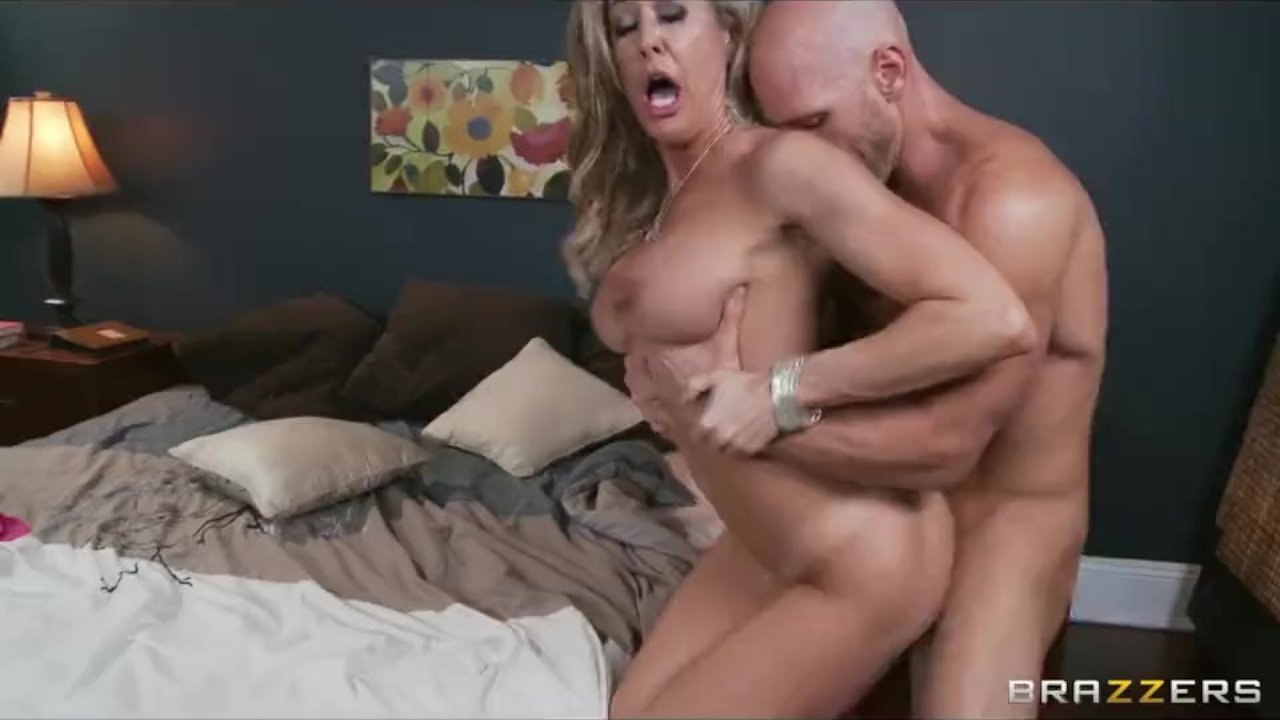 Nicole Aniston Loved To Eat Pussy