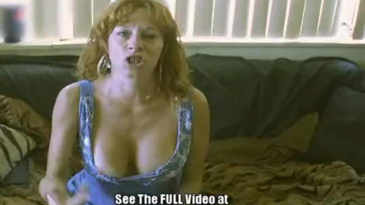 Big titty redhead crackwhore Pam gets tag team