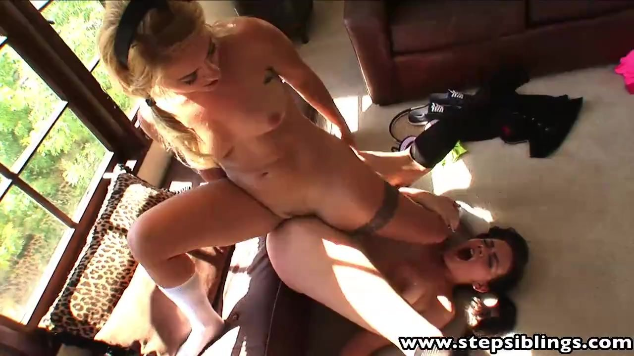 Hotties licking fingering pussies like crazy