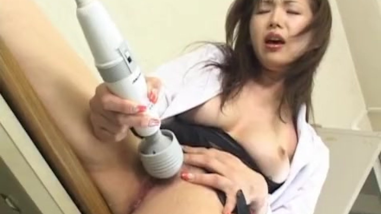 Mai Hanano Asian babe is a teacher