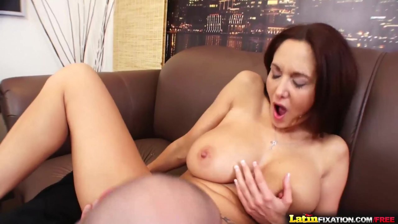 Busty MILF Ava Addams sucks and fucks