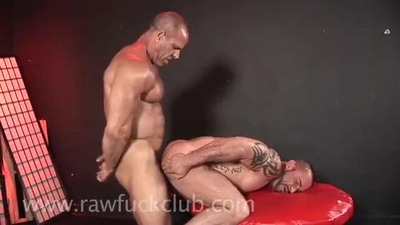 marco cruise gay porno