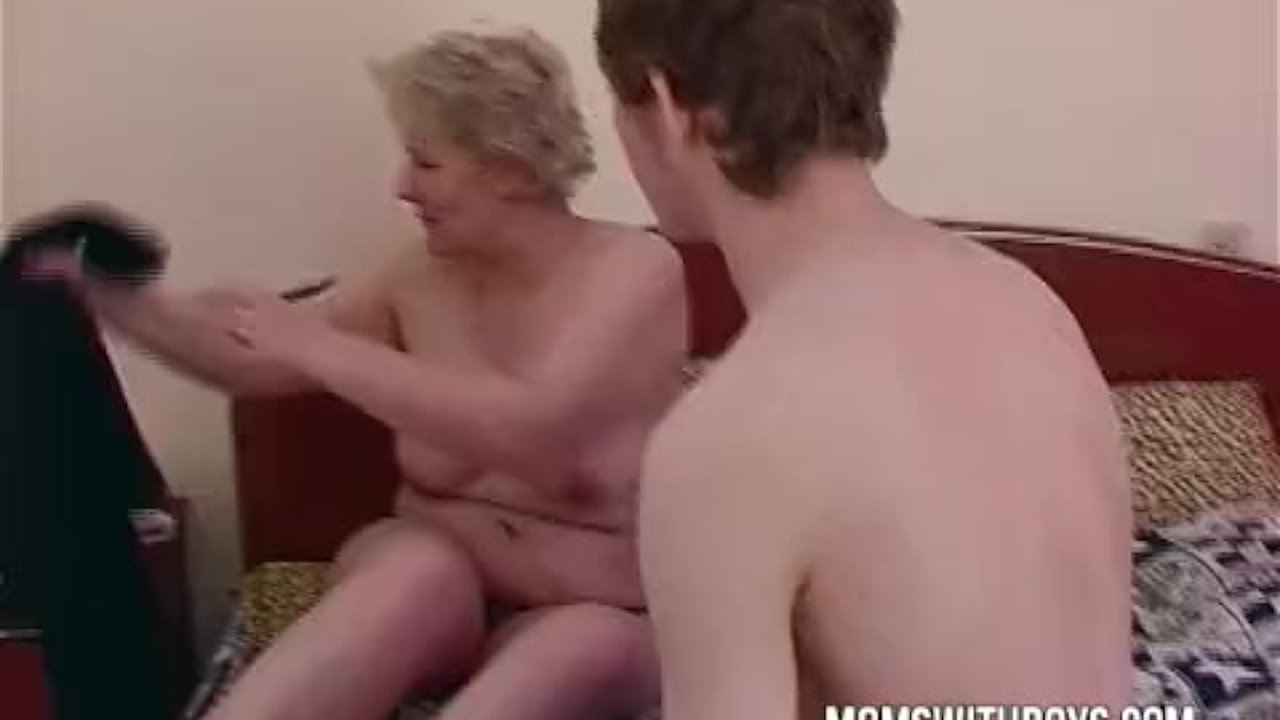 Mother daughter masturbation solo touch