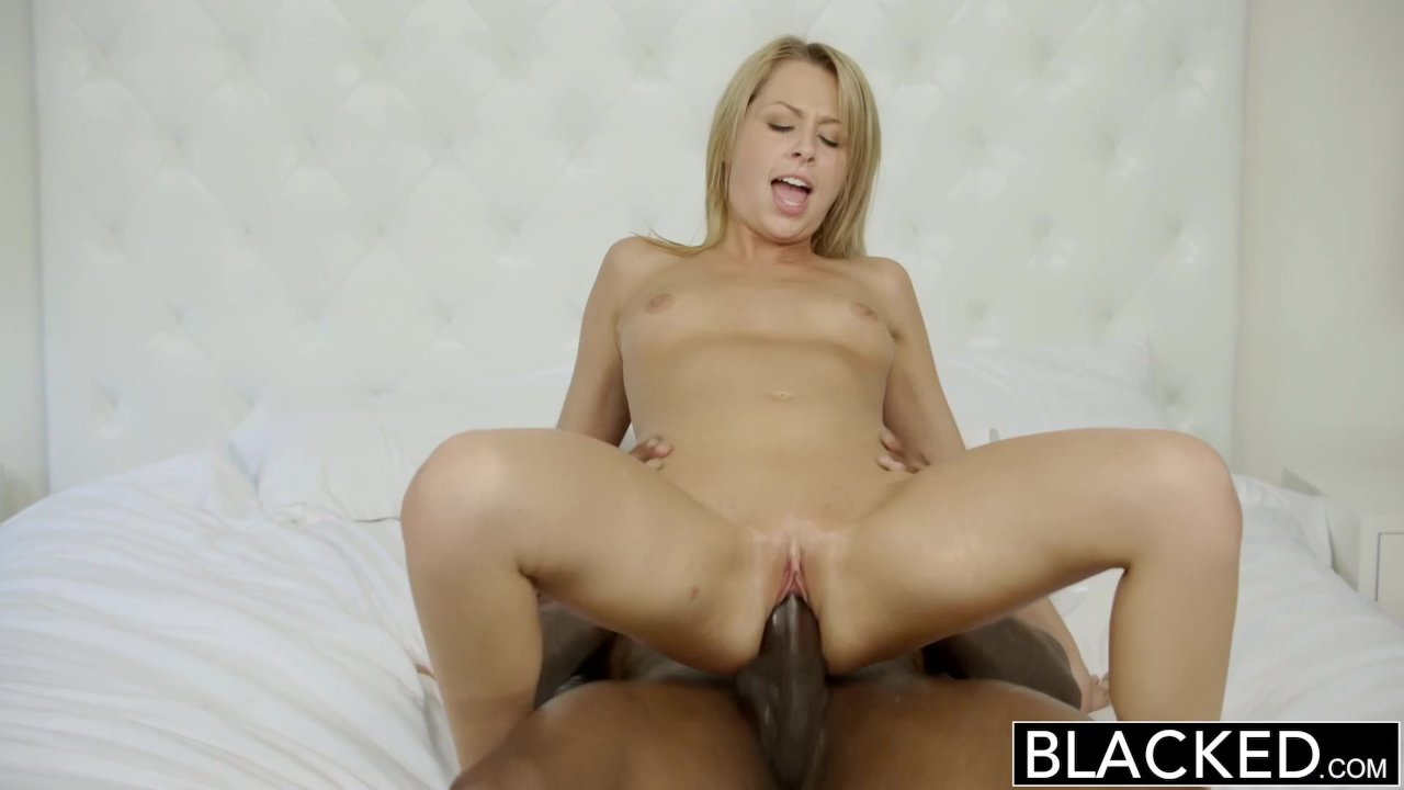 Woman Makes Guy Cum Her