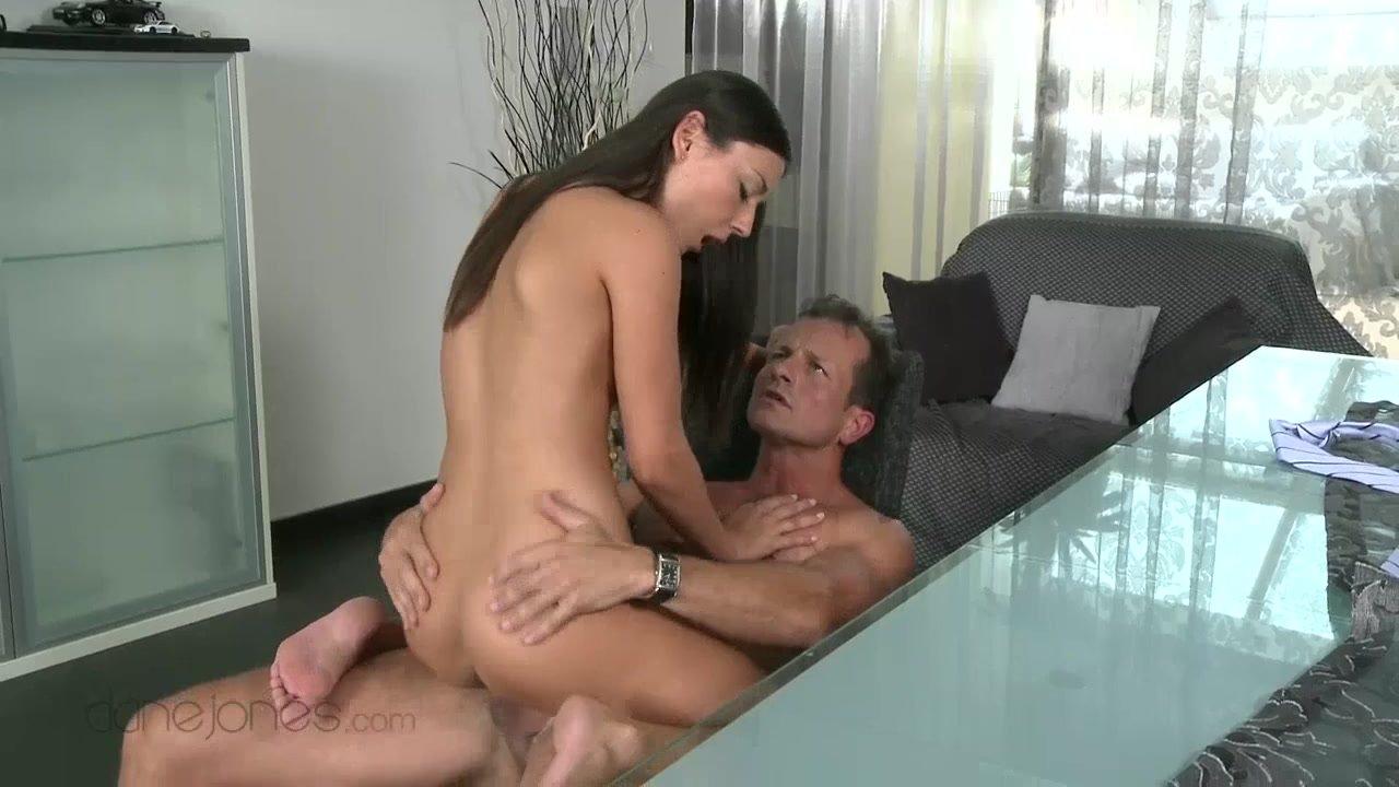 Busty slut gets fucked hardcore pornbrae HD