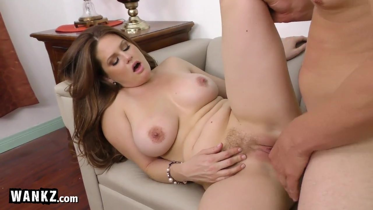 Horny Step-mom Seduces Her Step-son!