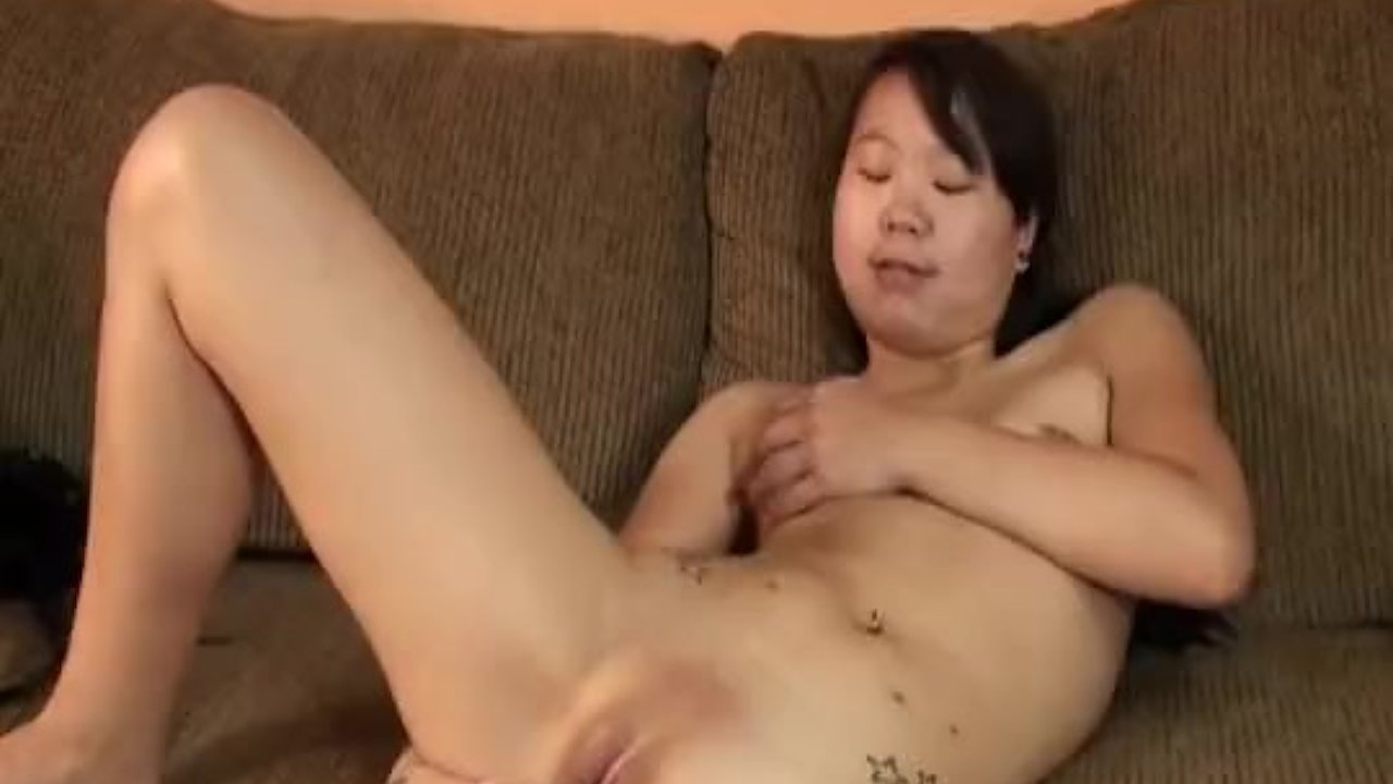 Smooth shaven Asian babe toy fucking her wet