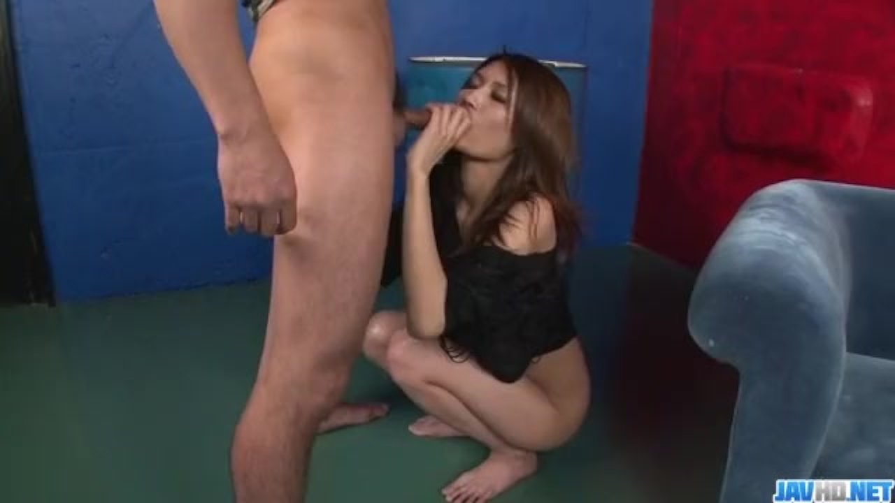 Sexy porn scenes along curvy ass Riina Fujimo
