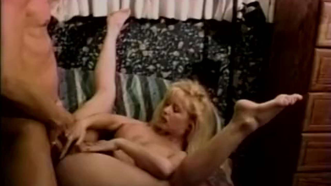 Vintage cumswallowing session for busty bimbo