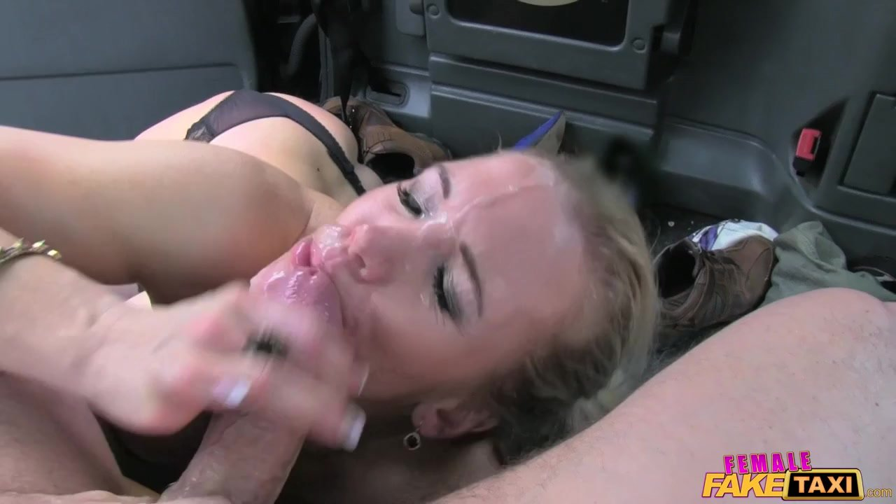 FemaleFakeTaxi Marine gives driver good fuck