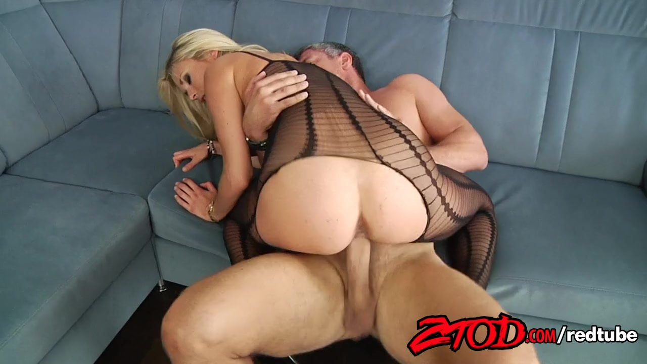 Crotchless creampie