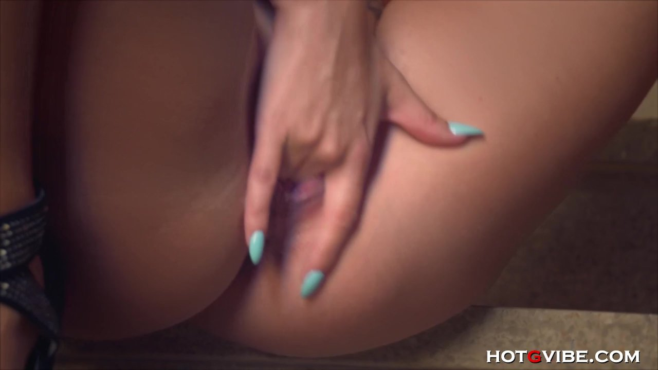 Big Ass Amanda X Orgasms So Hard
