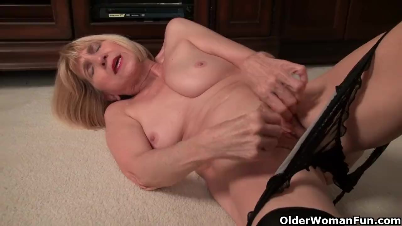 Skinny granny Bossy Rider is stripping off