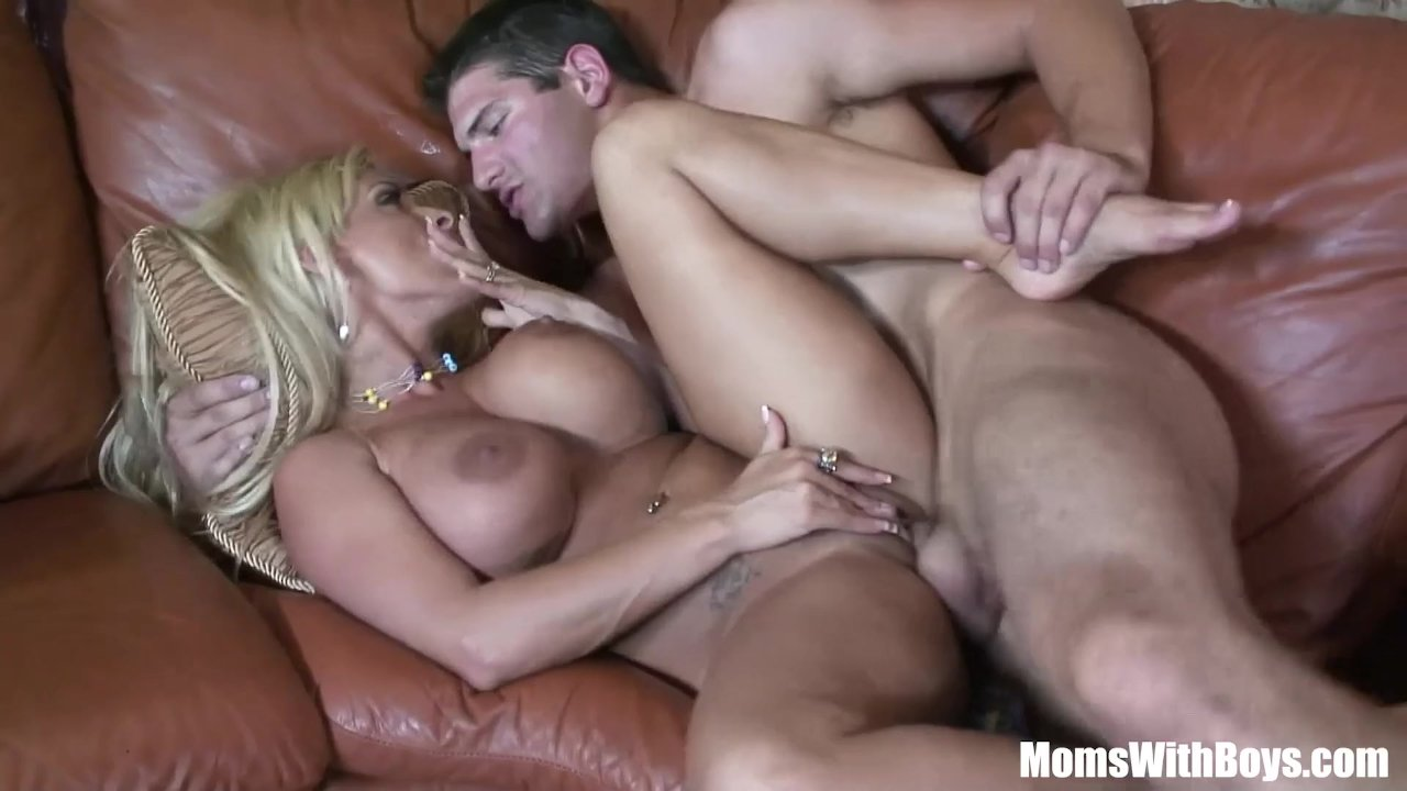 Huge titty holly halston gets creampied