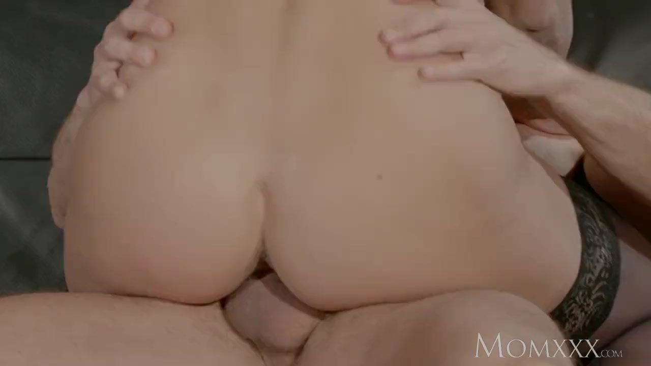 MOM Big tits Russian Milf squirts and fucks