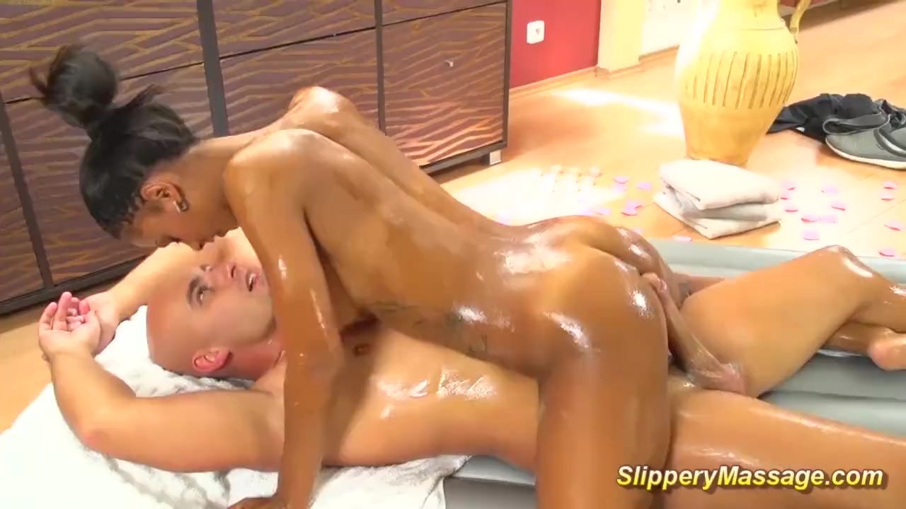 hot chocolade slippery massage sex