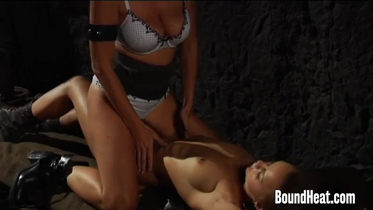 Slave Pussy Fingering and Licking By Mistress