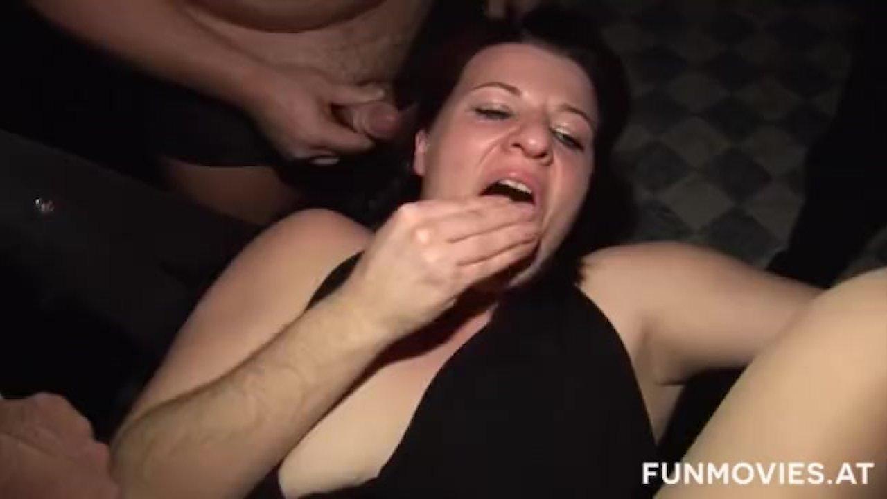 Secretary gets tight pussy fucked