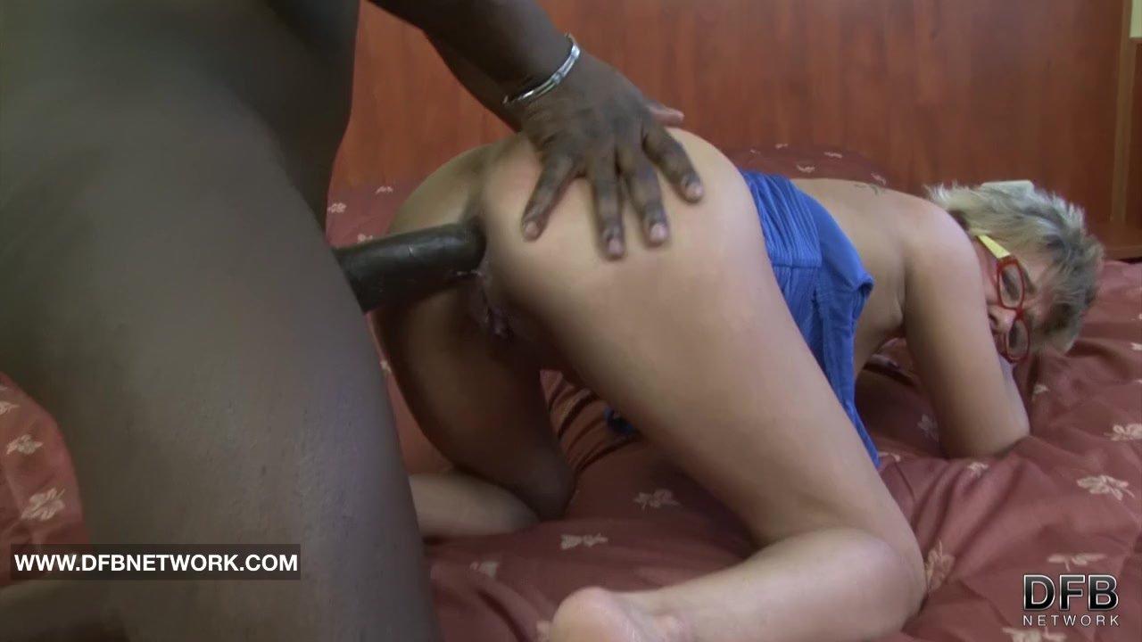 Granny Caught Masturbating Anal Fucked By Big Black Cock -1065
