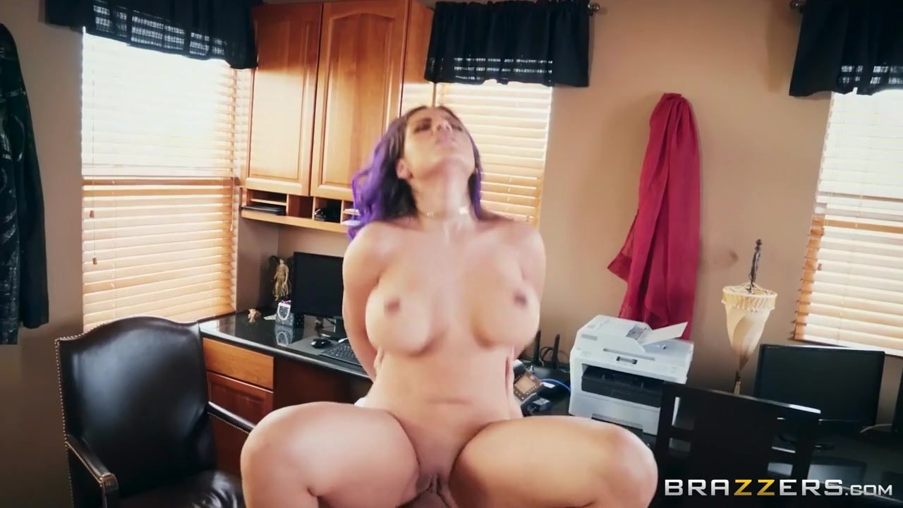 Beautiful Amy Reid getting nailed in different positions