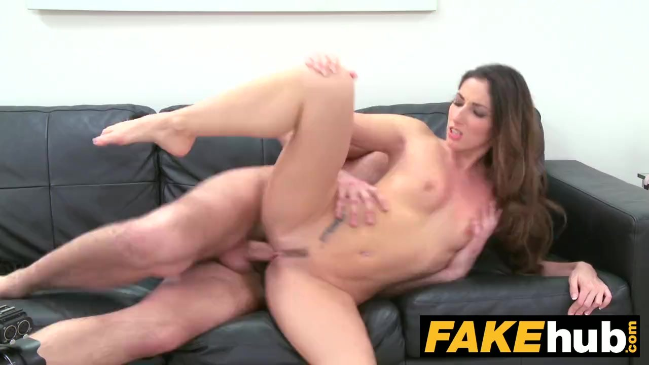 Perfect Body Rides Dick
