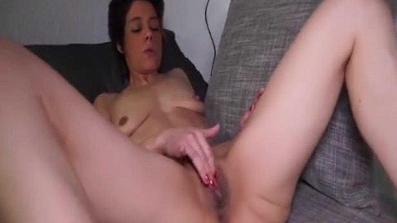 Носатая немка порно видео, трахают рыжую смотреть онлайн