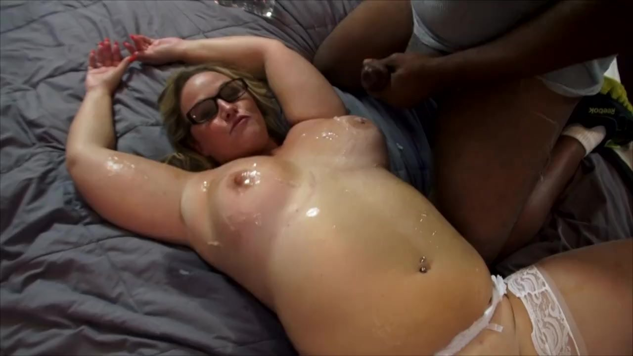 Strangers Jerk on Big Ass Wife