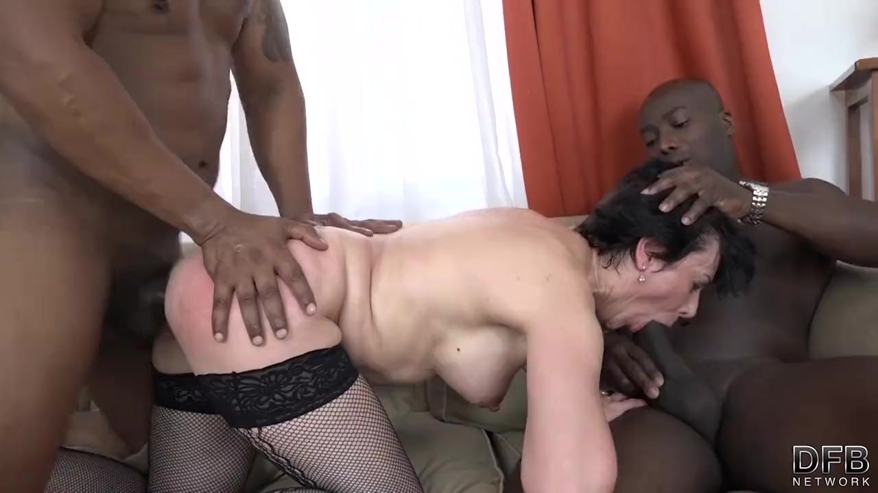 Interracial Hot Wife Ruthie Gets Two Black Cocks