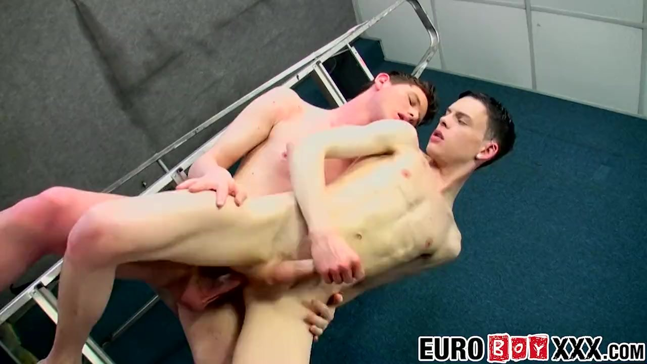Aaron Aurora and Joey Wood enjoy bareback anal to a cumshot