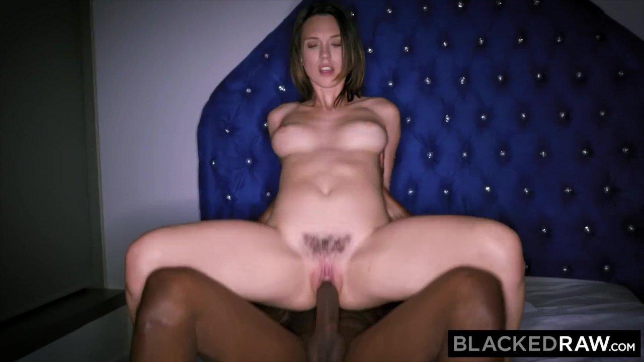 Mature wife tries swinging