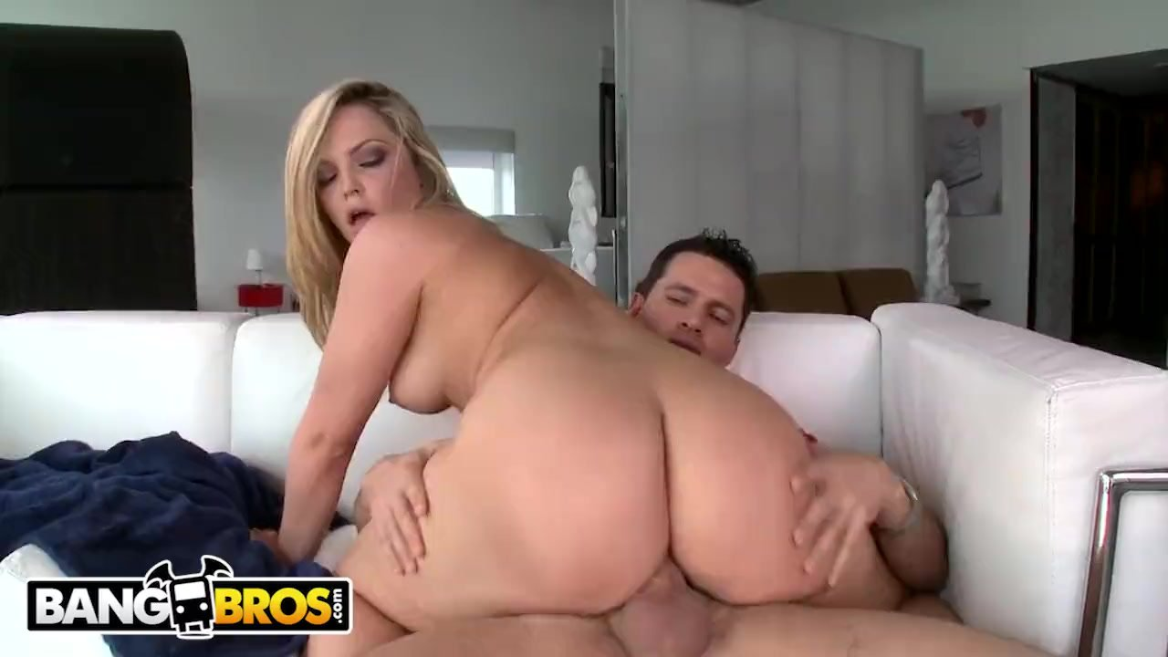 Eating Alexis Texas Ass