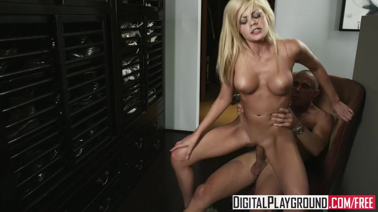 Digital Playground Blonde Bombshell Riley Steele Wants Some Cock