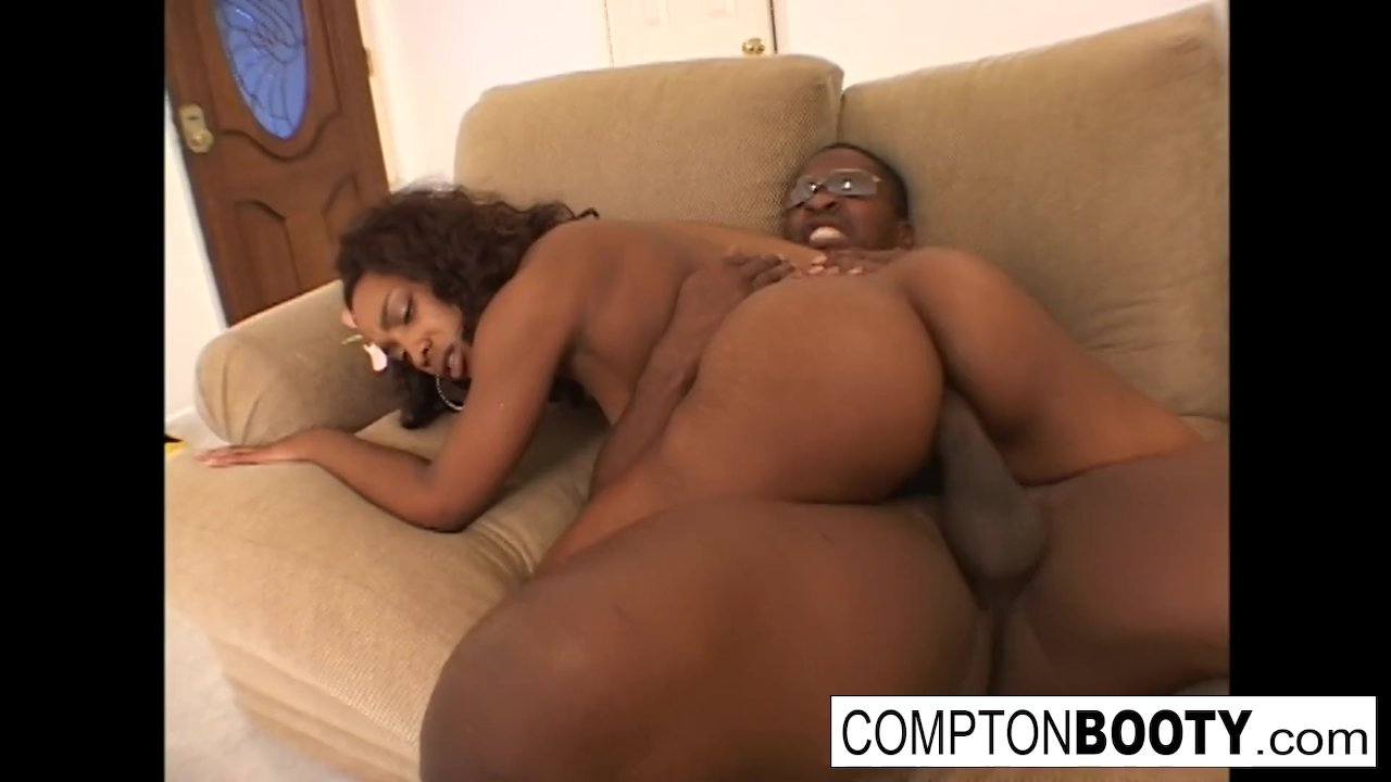 Cherry gets that big booty pounded