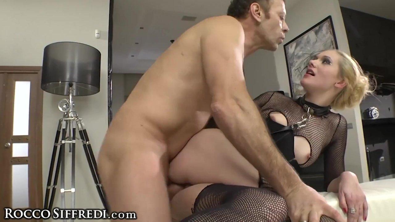 Amateur Teen Masturbates 2 Rocco Siffredi Anal Fucking His Slave