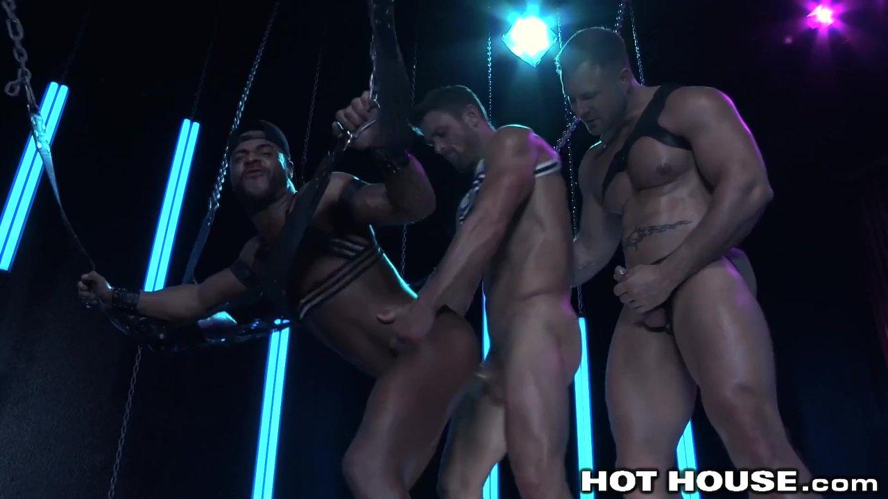 Hunk Daddy Austin Wolf, Ryan Rose & Micah Brandt & Cumshot