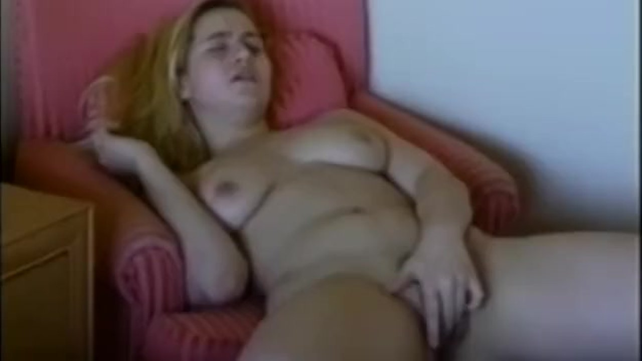 Hot Petite Babe Sucks And Rides His BF Huge Cock