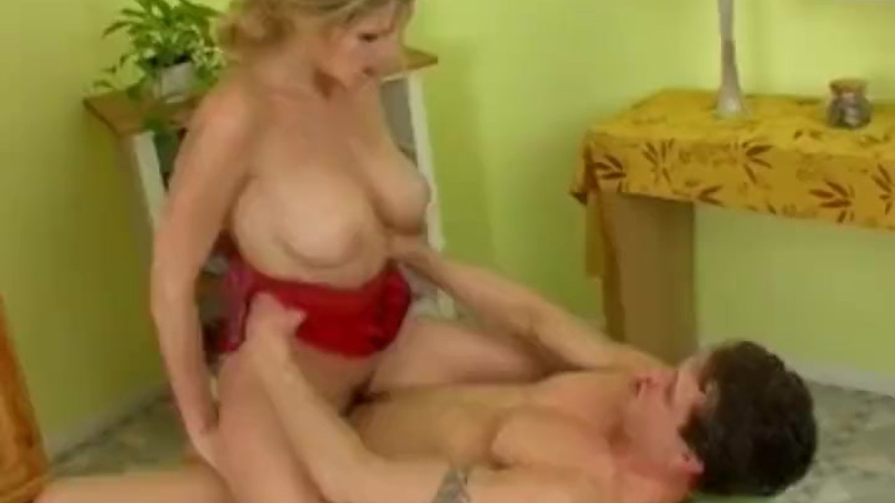 Czech Pornstar Loves Rougher Sex