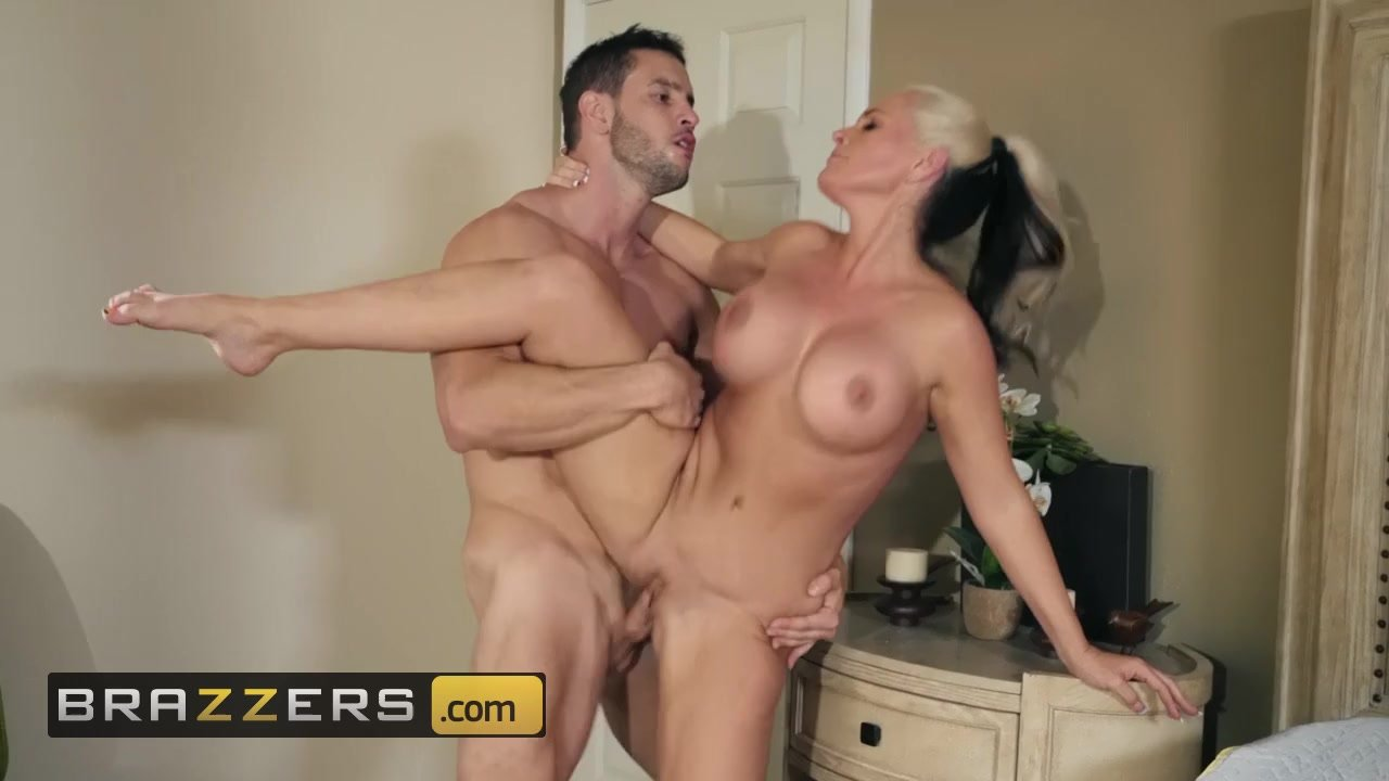 Alana Crift Porno hot wet mommy alena croft always says yes to her new stepson - brazzers