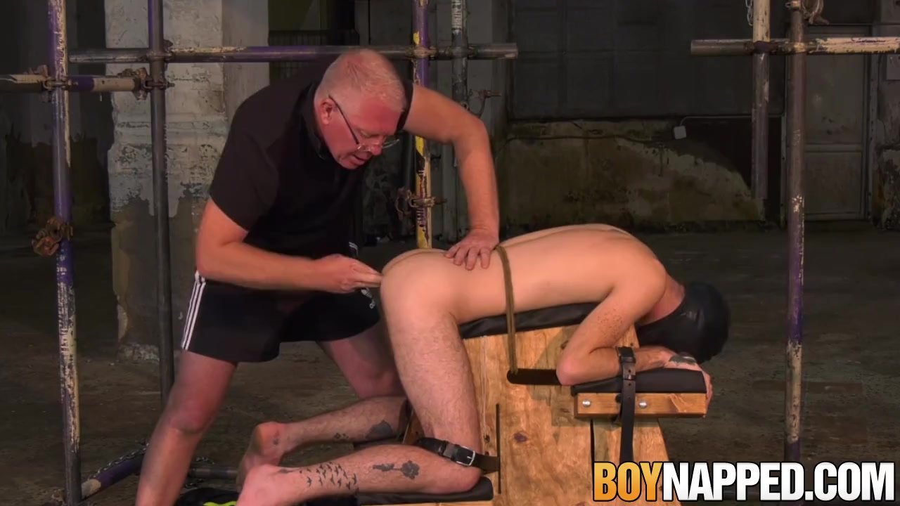 boy sucks daddy cock gay porn