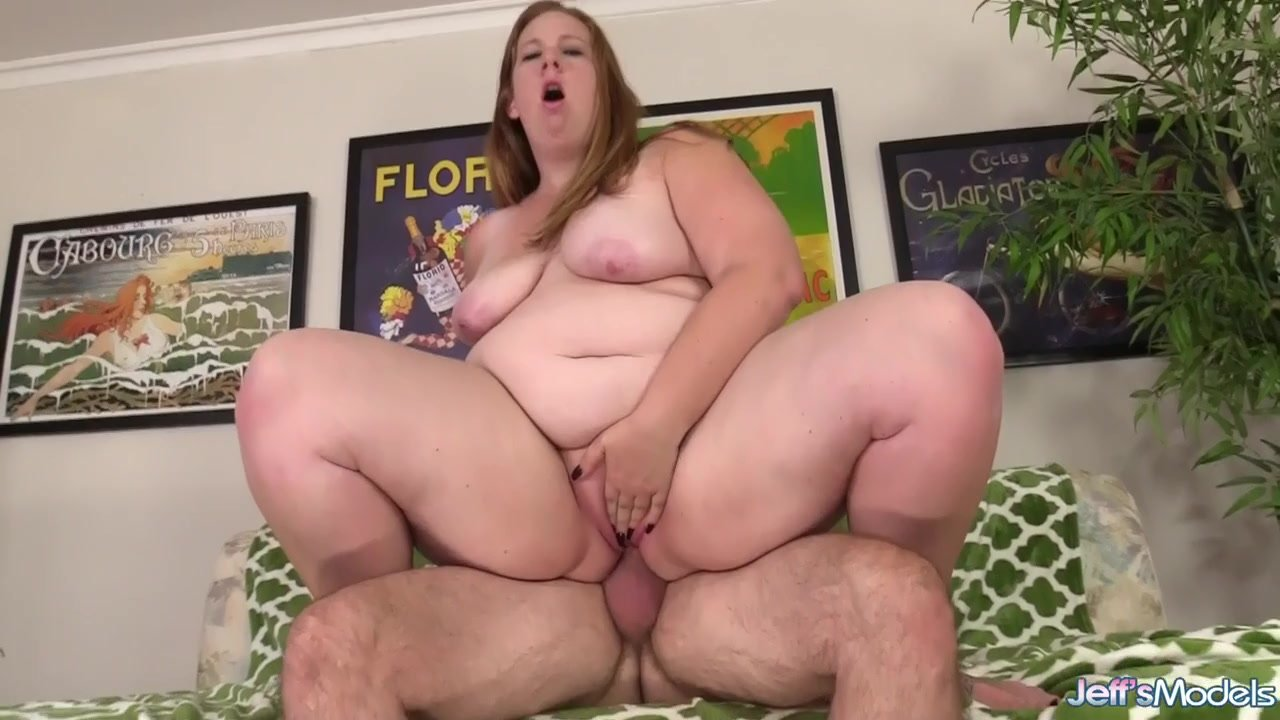 Sexy Redhead BBW Ginger Rose Gets Screwed by a Passionate Old Man