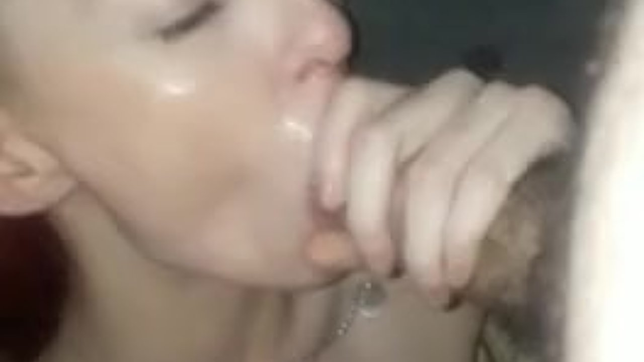 Drunk sleeping slut gets cumshot wake up xxxx
