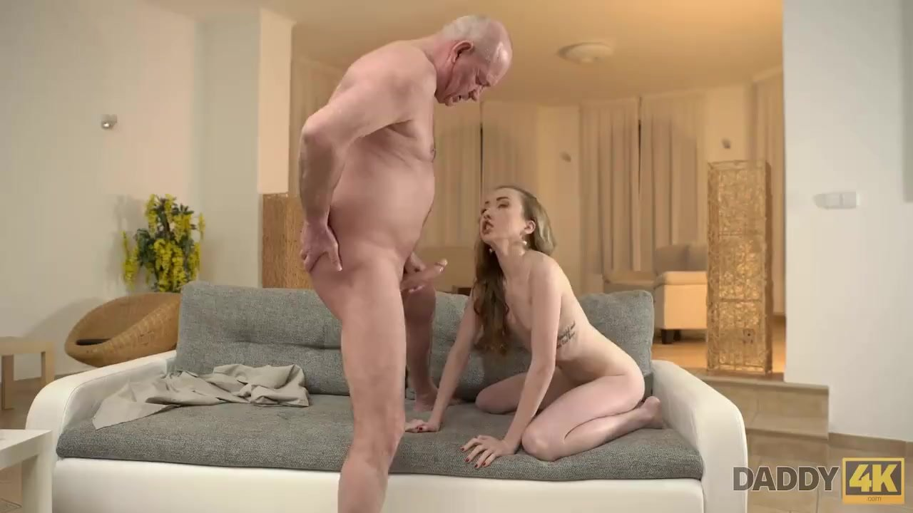 Pajeando I Mamando Porno daddy4k. jessi linda decide hacer el amor para madurar caballero gordo