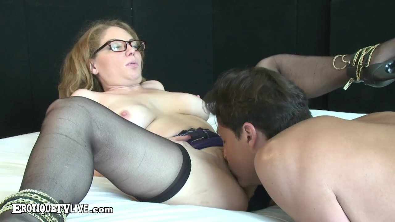 Kinky Kiki Daire Gets Hot Facial By Big Dick ERIC JOHN Live